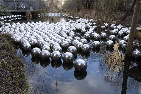 kusama2.jpg